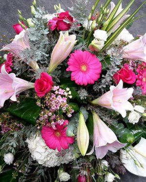 Coussin fleurs variées